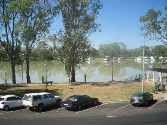 Berri Hotel: Murray River from the room