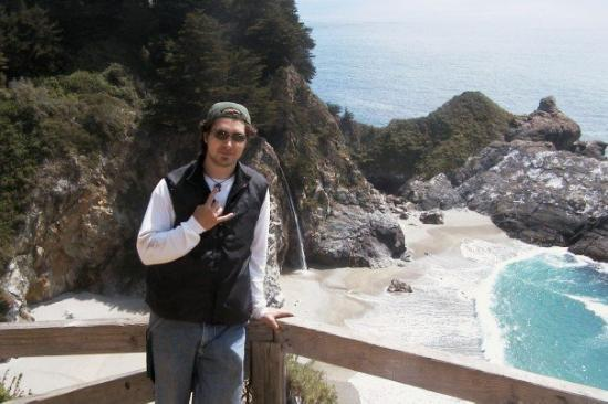 Big Sur, CA: Rock on!