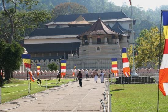 Negombo, Sri Lanka: Sri Dalada Maligawa...Tempel des heiligen Zahns