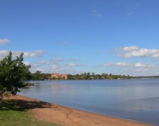 Aregua, Paraguay: Lago Ypacarai