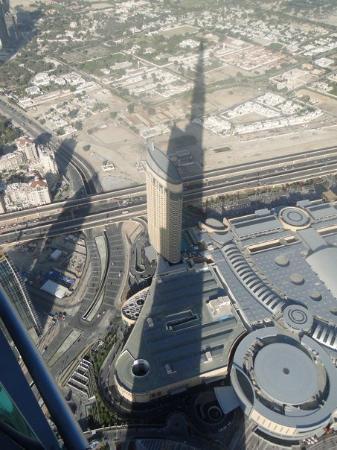 Burj Khalifa: the Shadow of a Giant