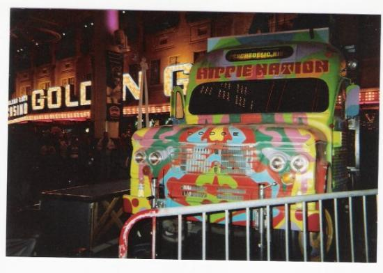 Adventure Photo Tours: Hippie Bus