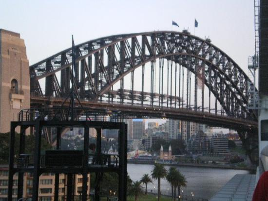 Sydney Harbour Bridge: Sydney Bridge, Australia