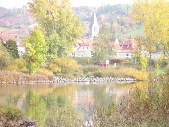 Würzburg, Bayern, Deutschland  Der Main -- wirtschaftliche Lebensader Frankens seit Urzeiten