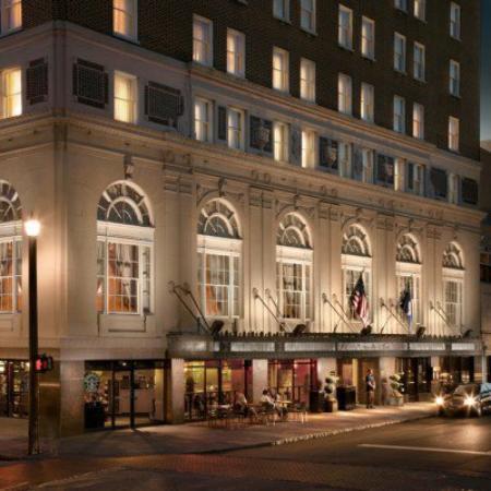 Charleston, SC: Our hotel ......Sweet 8-)