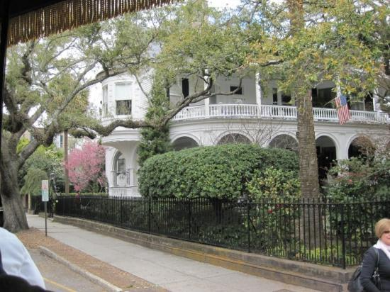 Charleston, SC: 2 Meeting Street Inn, would be so much prettier in May. Everything would be blooming