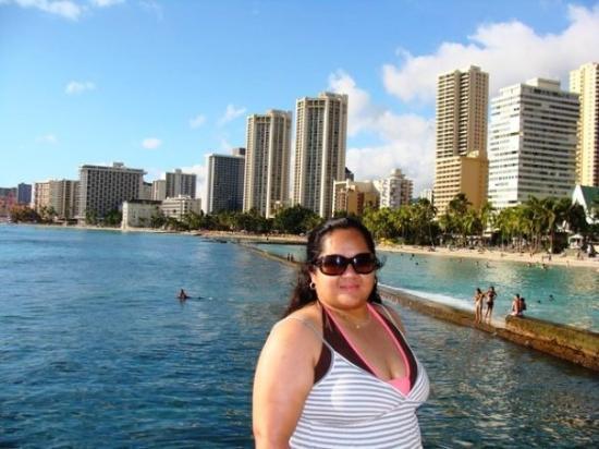 Oahu, HI: w/ Waikiki beach behind me