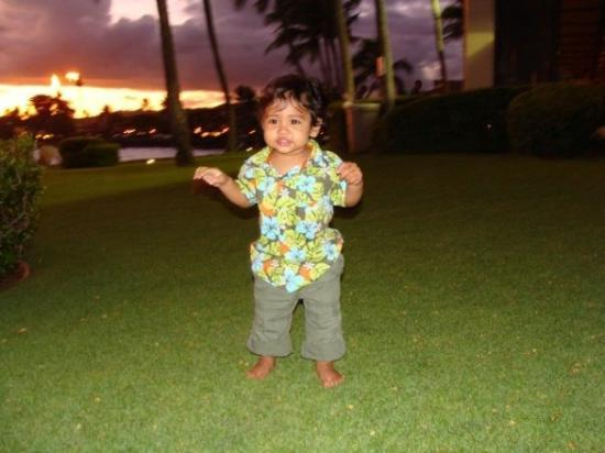 Kauai, HI: he started walking in Hawaii