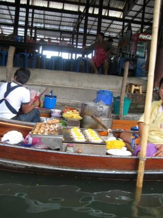 The Damnoen Saduak Floating Market - A Dessert Boat