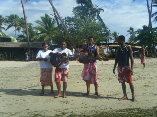 Nadi, Fiji: The Welcoming Committee