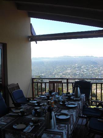 Panorama Lodge: Frühstückstisch mit Blick auf Knysna