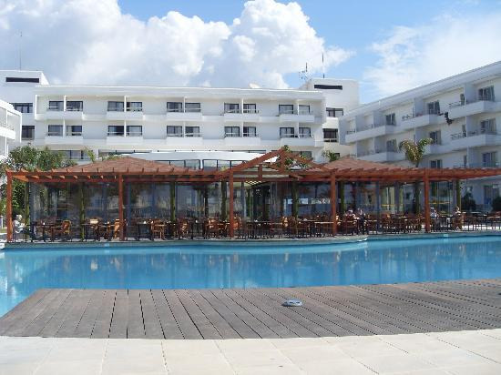 Louis Ledra Beach: Back of hotel