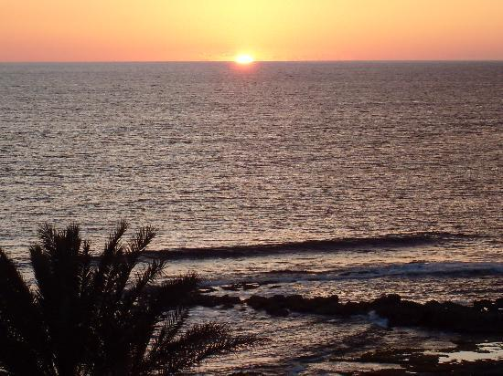 Louis Ledra Beach: Beautiful sunset