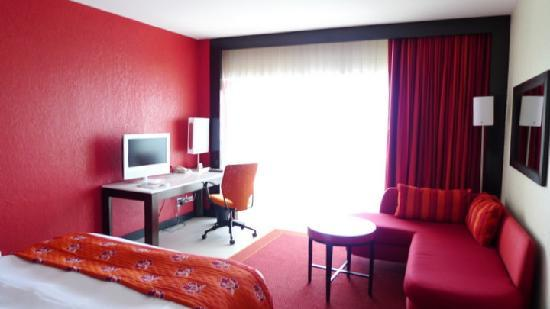 The Condado Plaza Hilton: the room decor