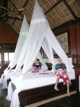 Pita Maha Resort and Spa: The kids room upstairs