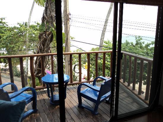 Phra Nang Inn: comfy balcony