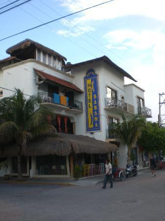 Koox Hotel Banana: vista esterna hotel