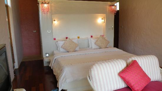 Phra Nang Lanta by Vacation Village: chambre lit