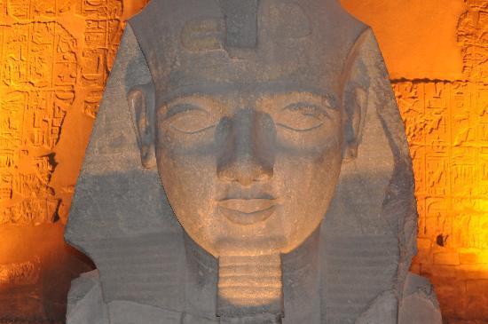 Pyramisa Isis Hotel & Suites Luxor: fromLuxor temple