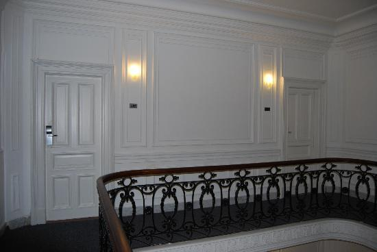 Hotel Mundial: Piano