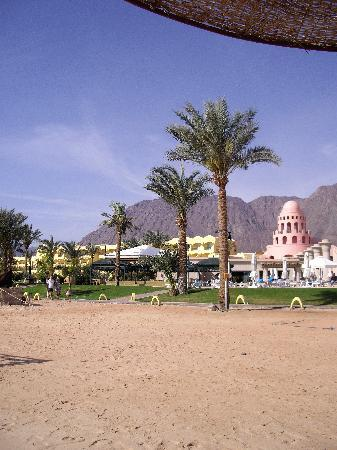 Sofitel Taba Heights: View of hotel from beach