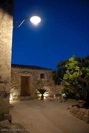 Agriturismo Borgo Alveria: Borgo Esterno