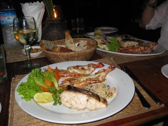 Bayview - the beach resort: Dinner
