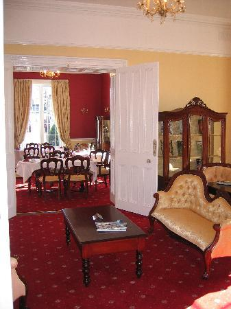 Abbeyville House: Sitting/dining Room