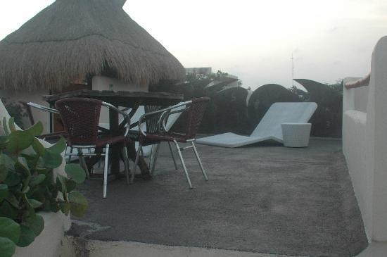 Kinbe Hotel: Terrace with Ocean View