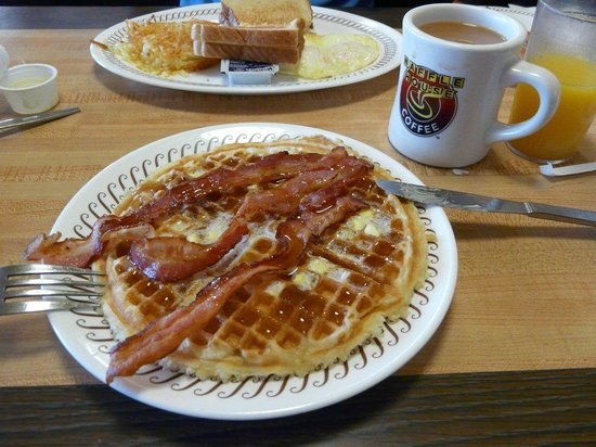 Waffle House: Breakfast