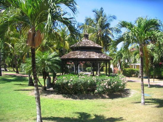 Pineapple Beach Club Antigua - All Inclusive: The resort grounds