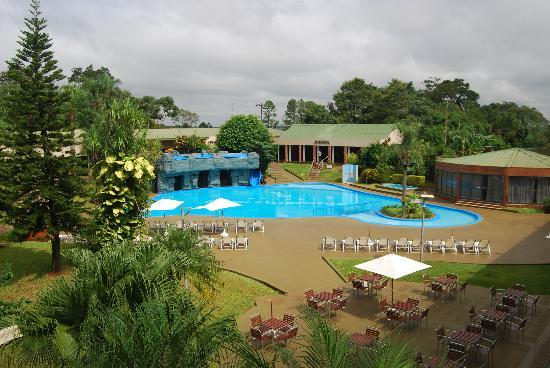Exe Hotel Cataratas: Zona piscina