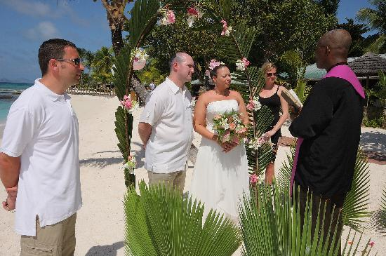 Palm Island Resort & Spa - All Inclusive: Our wedding day - on the beach