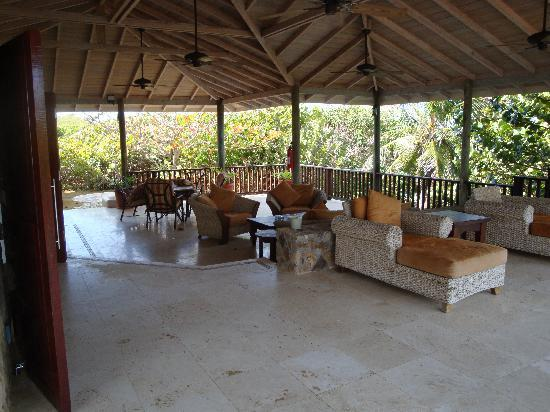 Palm Island Resort & Spa - All Inclusive: seating area at the villa