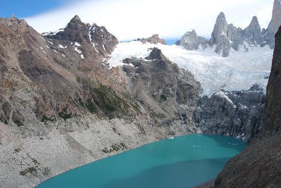 Cerro Fitz Roy : Laguna Sucia