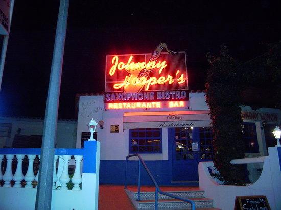 Johnny Hooper's Saxophone Bistro: Johnnys Saxaphone Bistro