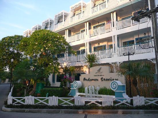 Andaman Seaview Hotel: Hotel von vorne