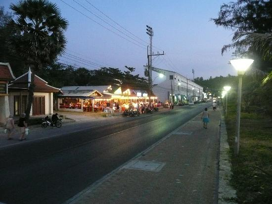 Andaman Seaview Hotel: Restaurants beim Hotel
