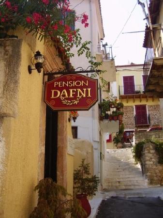Pension Dafni - side entrance