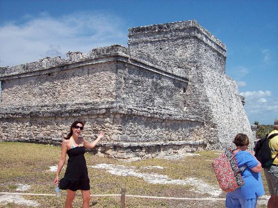 Now Jade Riviera Cancun: More Talum