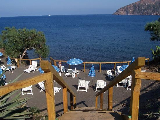Vulcano Blu Residence: spiaggia privata