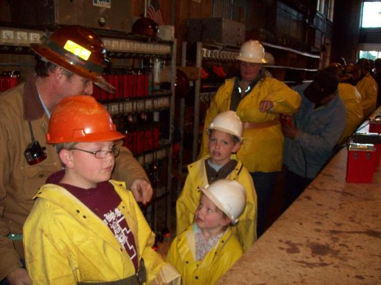 Queen Mine Tours: Getting dressed