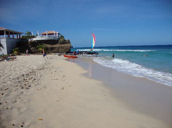 Grenadian by Rex Resorts: Beach at the Rex