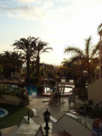 Gran Oasis Resort: Sundown at Oasis Resort