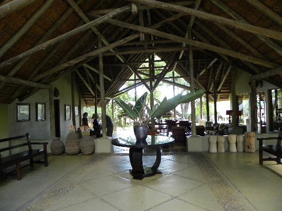 Thornybush Game Lodge: Reception - what a welcome!