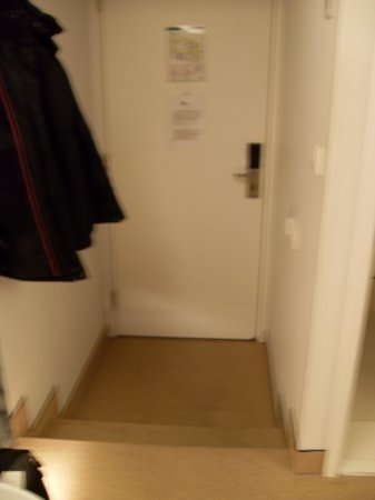 Ibis Styles Amsterdam Central Station: Entry/Exit to room (taken from inside room)