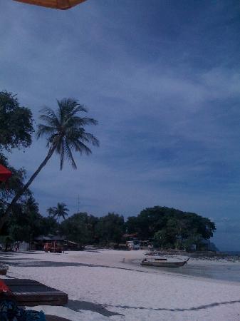 Zeavola Resort: plage de l'hotel