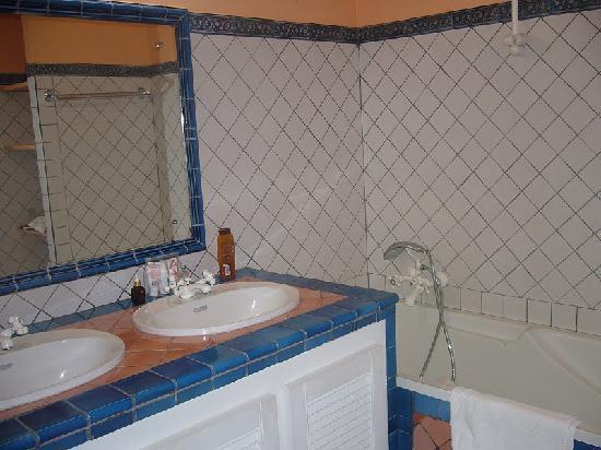 Résidence La Plantation & Spa: Salle de bains