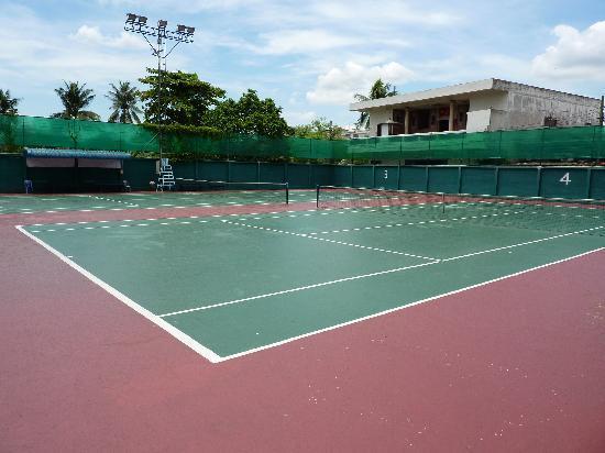 Sivalai Place: tenniscourts