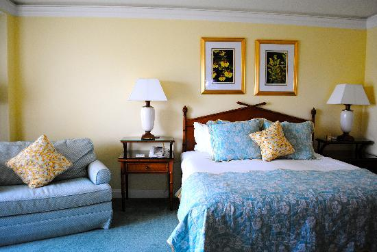 The Ritz-Carlton, Grand Cayman: Our room!